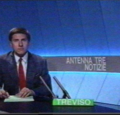 Leggo ormai da mesi le difficoltà in cui versa l'emittente televisiva nella quale sono nato professionalmente, Antenna Tre Nordest (all'epoca Antenna Tre Veneto), e lo faccio con apprensione per il...